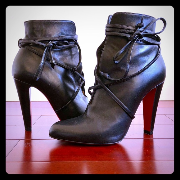 separation shoes db09e 08b57 Christian Louboutin S.I.T. Rain Booties